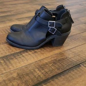 Black moto booties. Size 7.